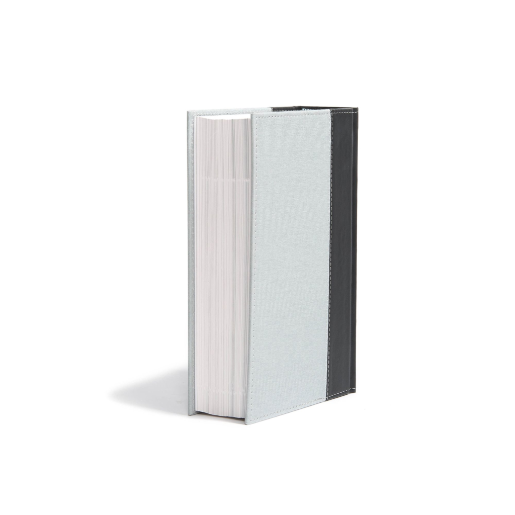 CSB Study Bible, Personal Size Edition, Gray/Black Cloth Over Board